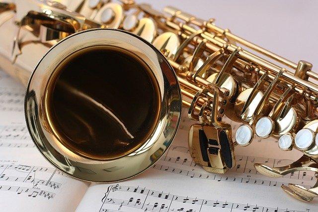 złoty saksofon